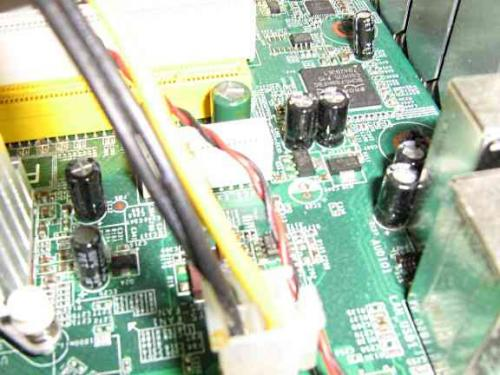 motherboard_pictures_008.jpg